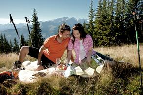 Picnic (c) Tourist Office Piesendorf Niedernsill, Photo Harry Liebmann