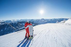 Sun-skiing with a wonderful view of the surrounding mountain world (c)KitzSki Werlberger