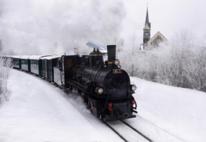 Winter steam train (c) TVB Piesendorf Niedernsill, Harry Liebmann
