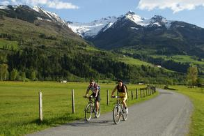 Cycling (c) Tourist Office Piesendorf Niedernsill, Photo Harry Liebmann